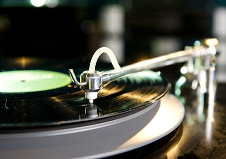 Schallplattenreinigungsmaschine bei Longtone